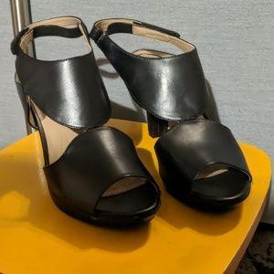Black Naturalizer N5 heels-Dainty style